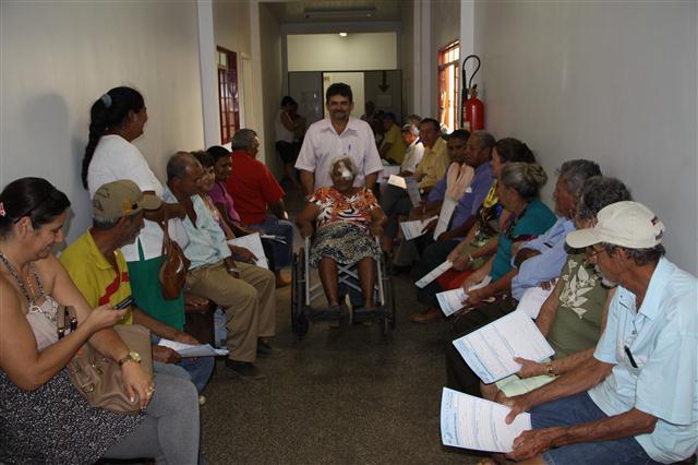 Pacientes aguardando para fazer a cirurgia