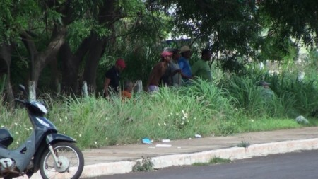 Moradores ocupam área pública_23.12.15_a